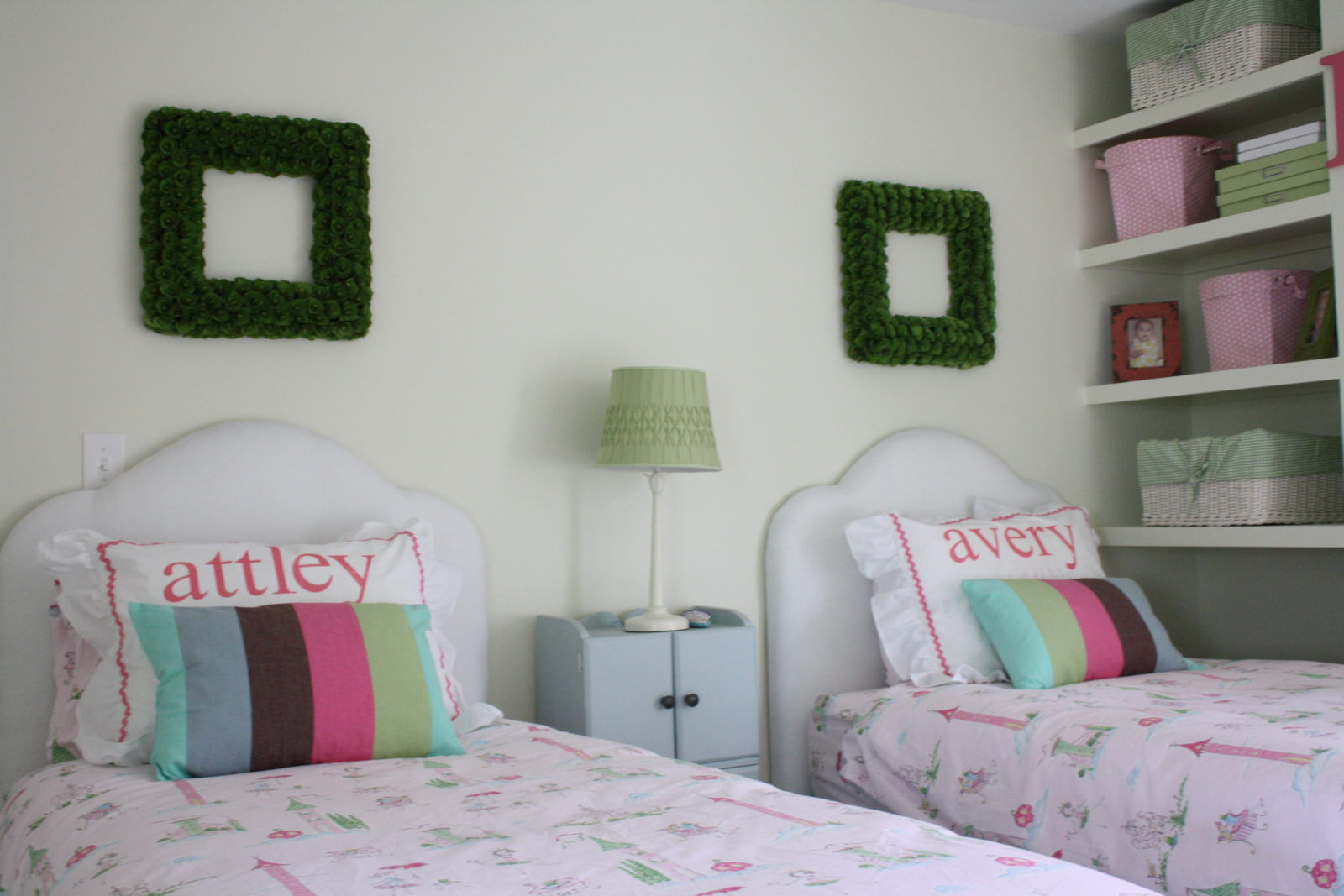 Beautiful & Tasteful DIY Shared Girls\' Room | Designer Trapped