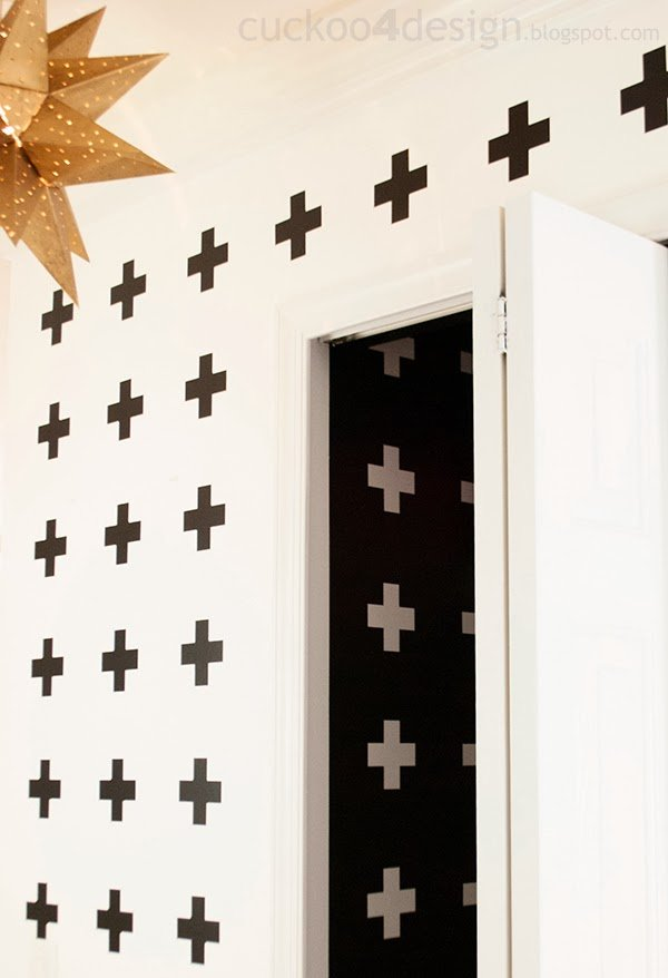 black_wall_white_cross_closet_makeover16