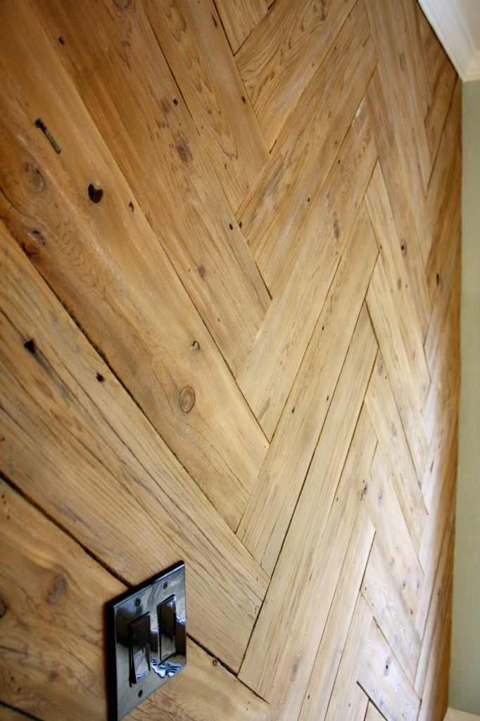 MUST PIN!  DIY Wood Herringbone Plank Wall by Designer Trapped in a Lawyer's Body.  Full tutorial!