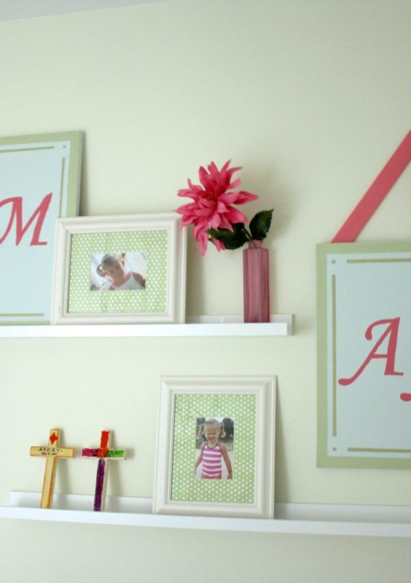 The twins' bedroom update ~ A Girly Gallery Wall!
