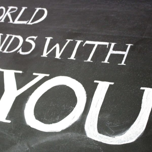MUST PIN! Easiest DIY Chalkboard Lettering Tutorial EVER! By Designer Trapped in a Lawyer's Body. #chalkboardlettering