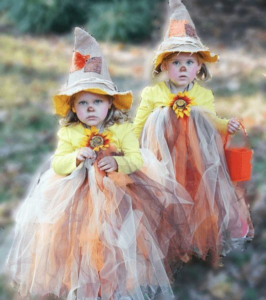OMG! Cutest tutu halloween costume EVER! Full tutorial. #scarecrowtutu #tutuhalloween #halloweenoutfit
