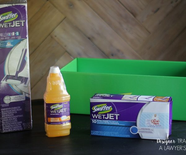 With the Swiffer Wet Jet, busy dads are able to soak in their moments with the family because they have the clean up covered. That's the #SwifferEffect! #ad
