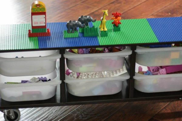 DIY Lego Table on Remodelaholic!