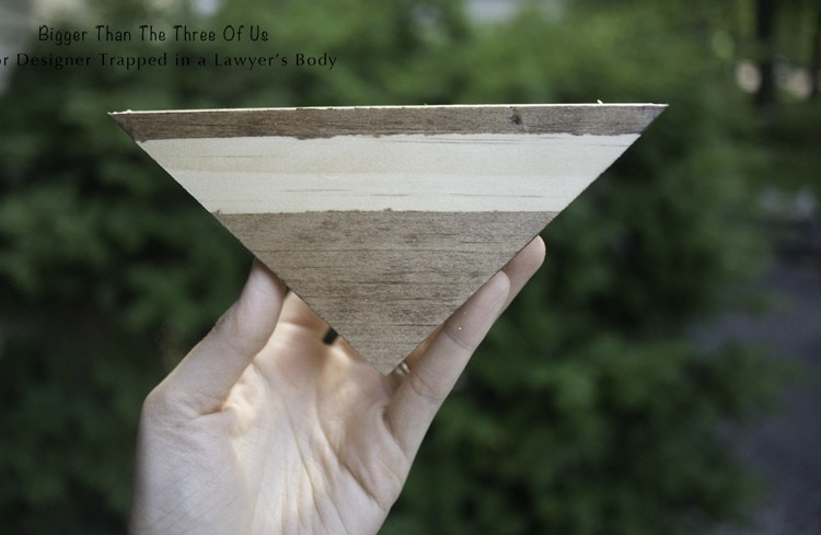 Use that SCRAP wood by making this DIY Wood Bunting!