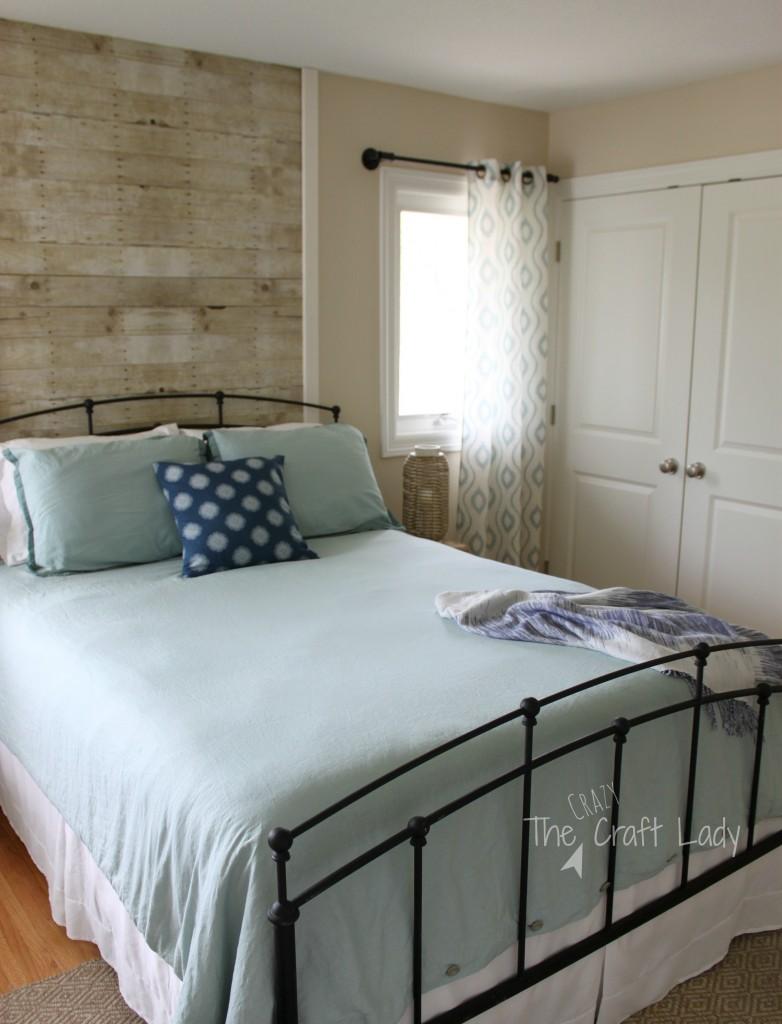 An $8 rental-friendly plank wall solution.