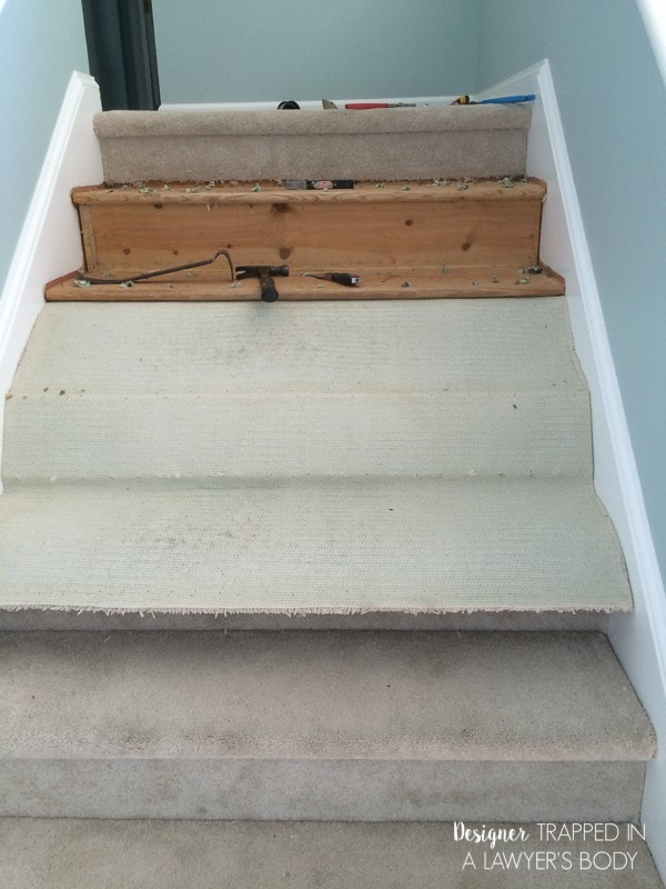 removing carpet from stairs
