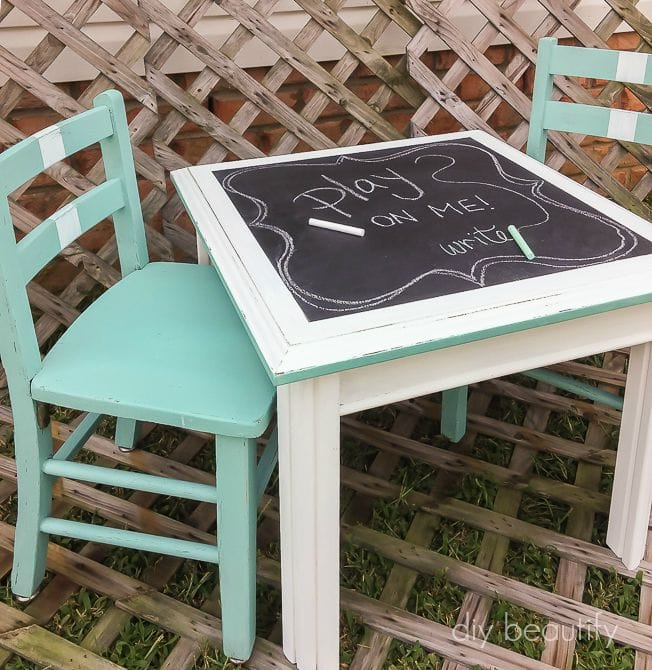 Create a child's activity set using mismatched furniture! Complete tutorial at diy beautify.