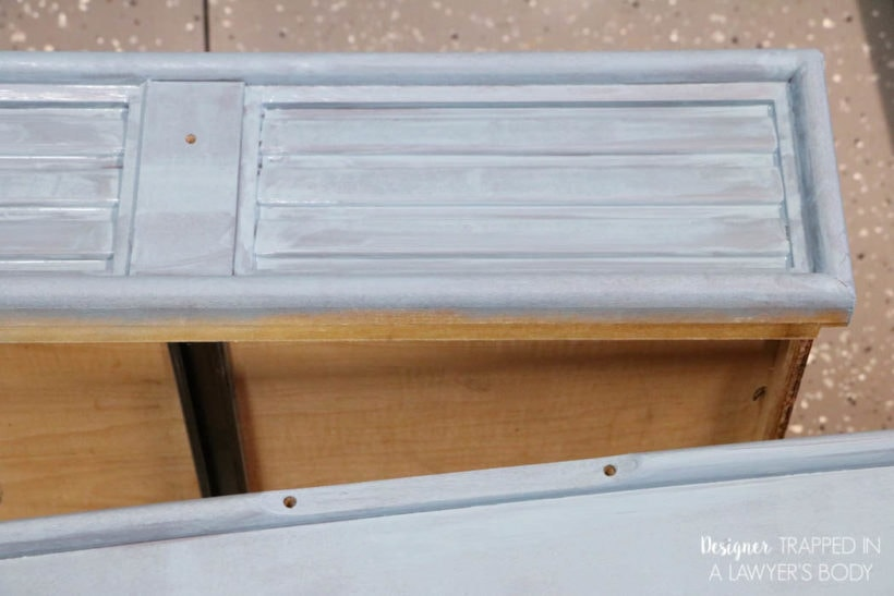 painting dresser drawers with chalk paint