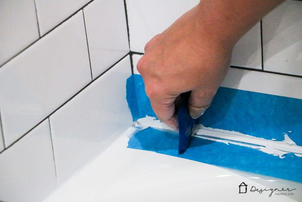 These instructions for how to caulk a bathtub are super easy to follow and will give you a perfectly straight and tidy caulk line, just like the pros. If you need to know how to caulk a bathtub, READ this first! This blogger tells you what you SHOULD and SHOULD NOT do!
