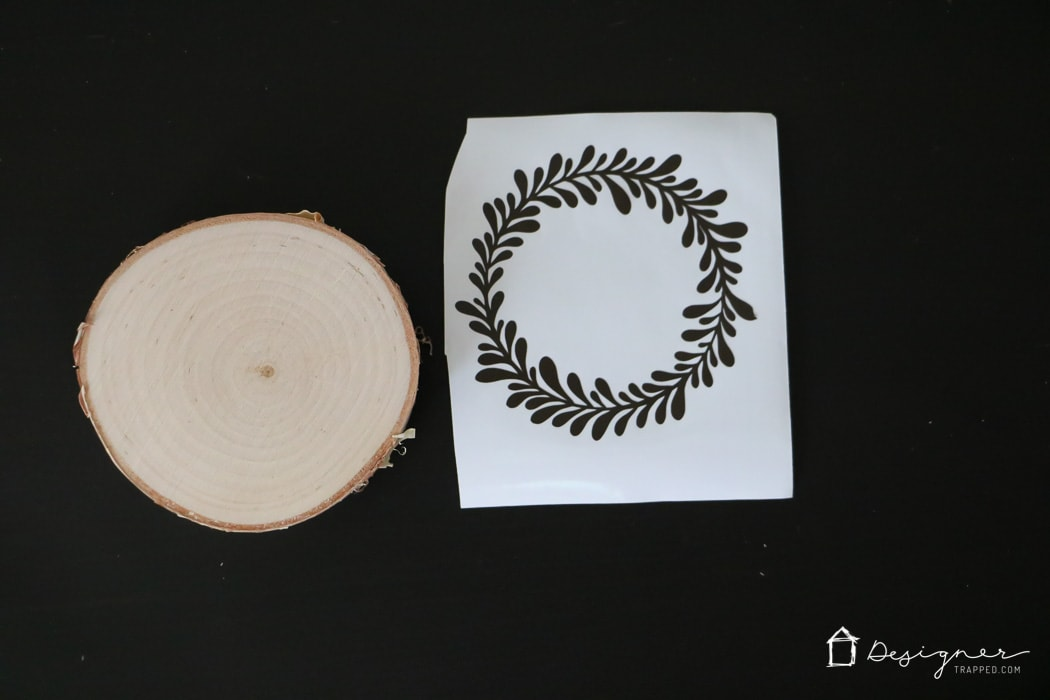 OMG, I love, love, love these DIY wooden ornaments and they look so easy to make! I'm definitely going to make some of these handmade ornaments to give as Christmas gifts this year.