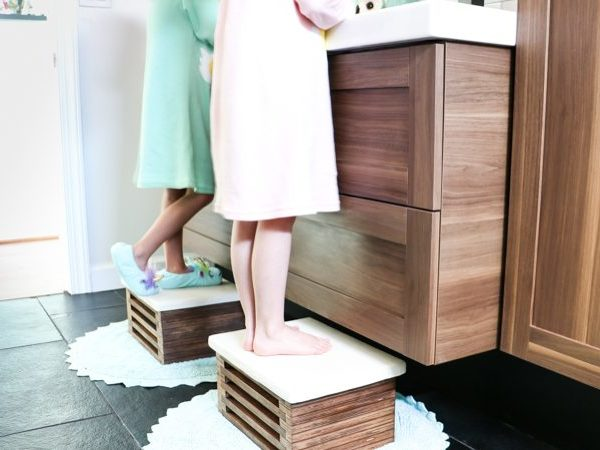 DIY Wooden Step Stool With White Concrete Top