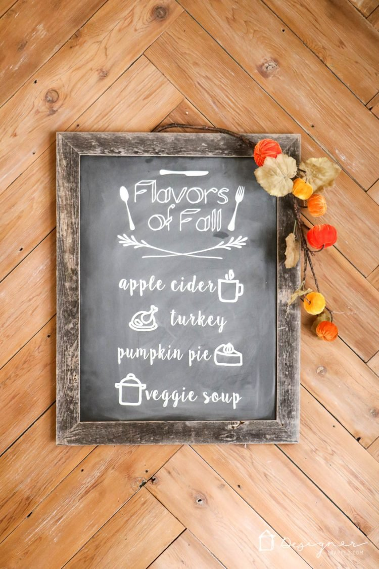 DIY chalkboard signs! OMG! I love this faux, reusable chalkboard signs. What a brilliant way to make them! And I love that you can use this method even if you aren't artistic at all. Totally trying this ASAP.