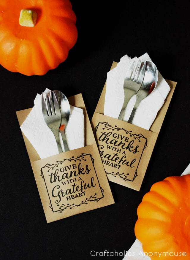 DIY Thanksgiving utensil envelope
