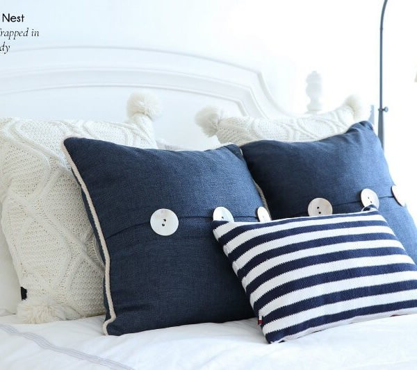 How to Dress a Bed: 6 Easy Pillow Arrangements