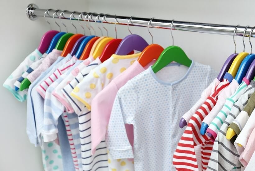 Wondering how to get organized when it comes to your kids' clothes that they are constantly outgrowing? These tips for organizing your kids' drawers and closets are simple, easy and effective!