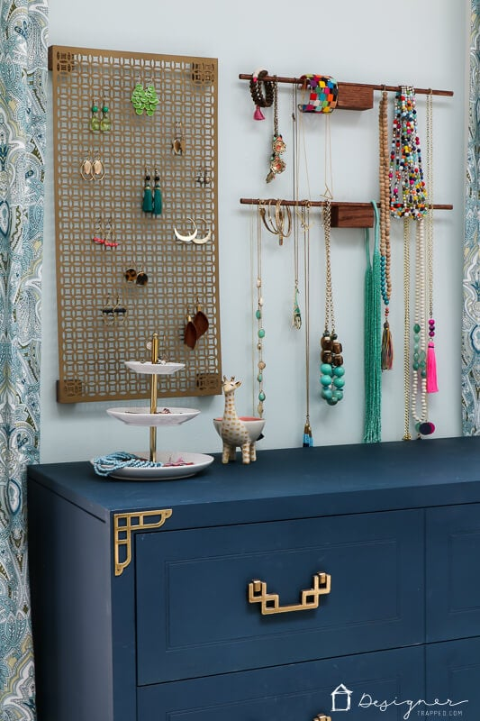 hanging jewelry storage