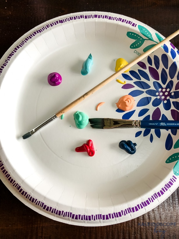 paint on paper plate