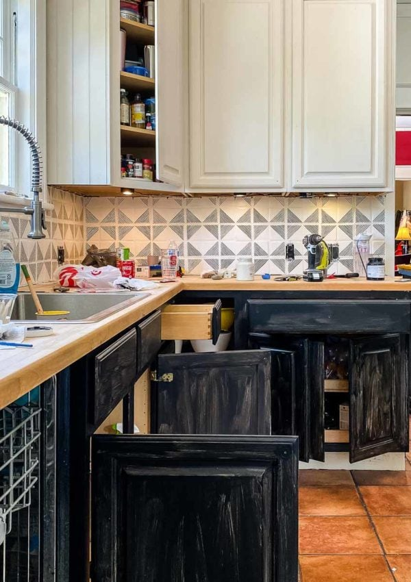 Thea's Budget-Friendly Kitchen Makeover: Progress