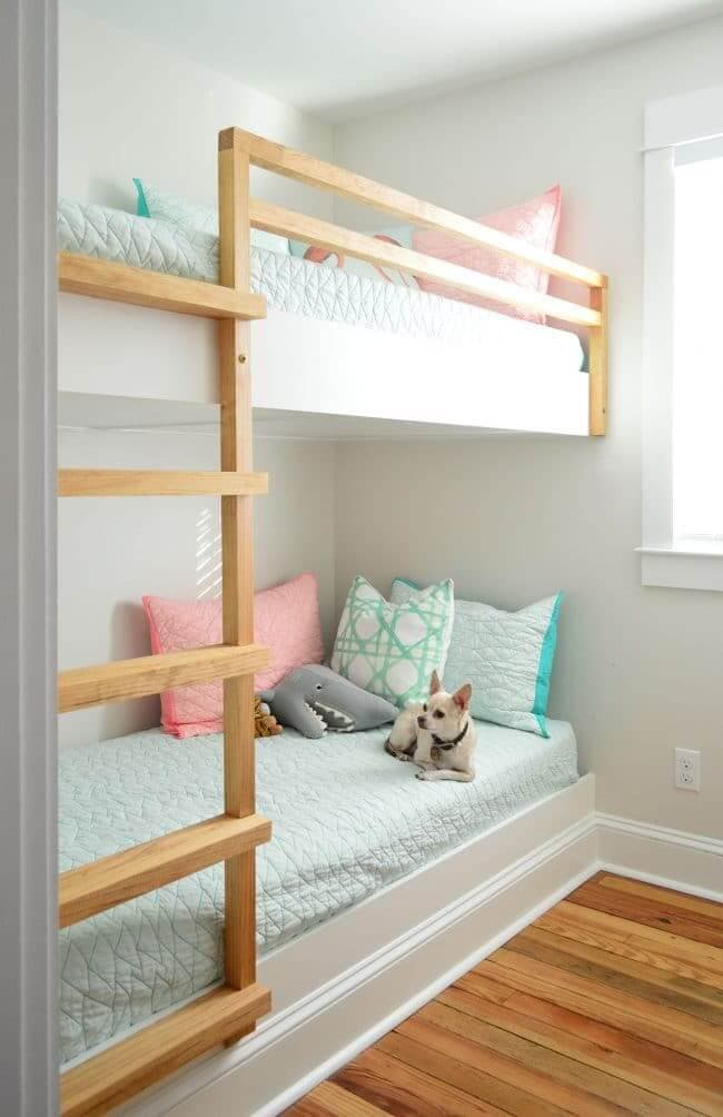 built ins with moldings