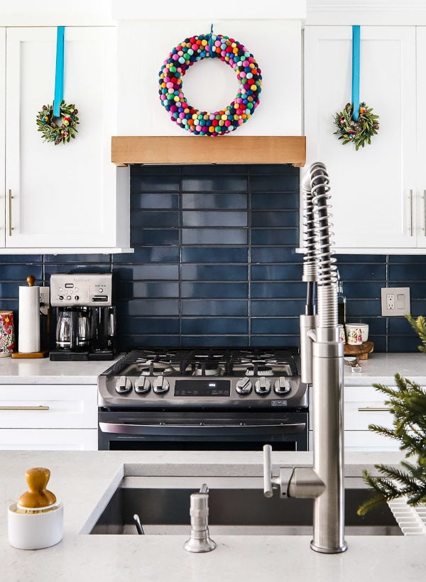 It's a Colorful Life – Colorful Christmas Home Tour