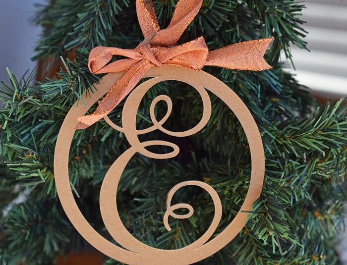 DIY cricut ornament