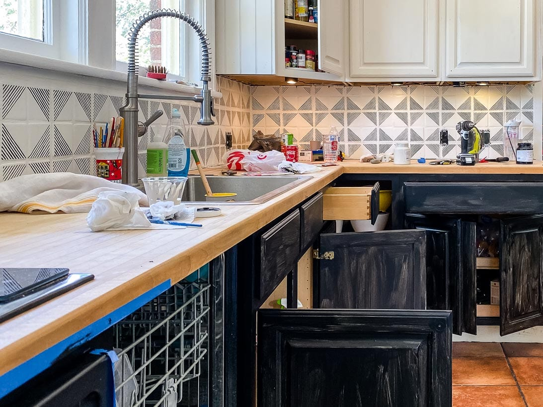 How To Paint Kitchen Cabinets The Easy Way 2 Days No Packing Kaleidoscope Living