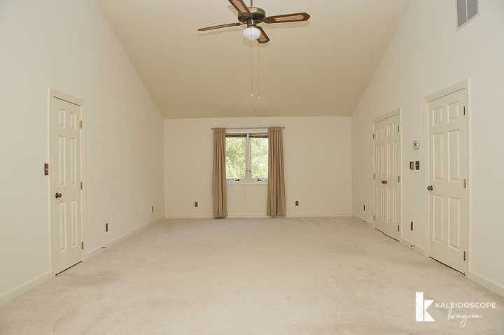 beige unfurnished bedroom