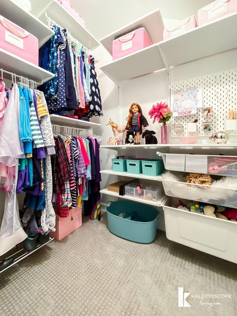 organized girl's closet