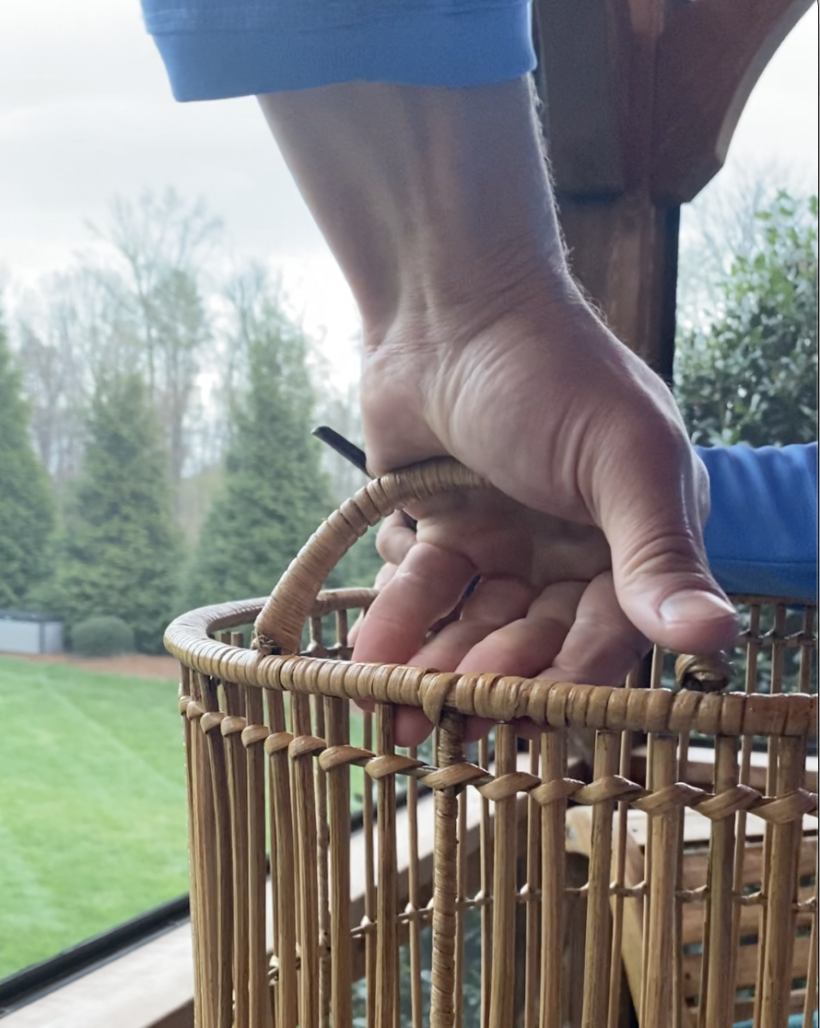 removing handles from basket